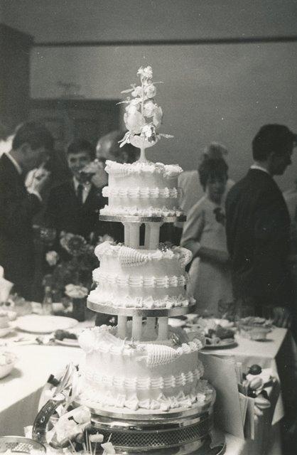 [Wedding Cake]
